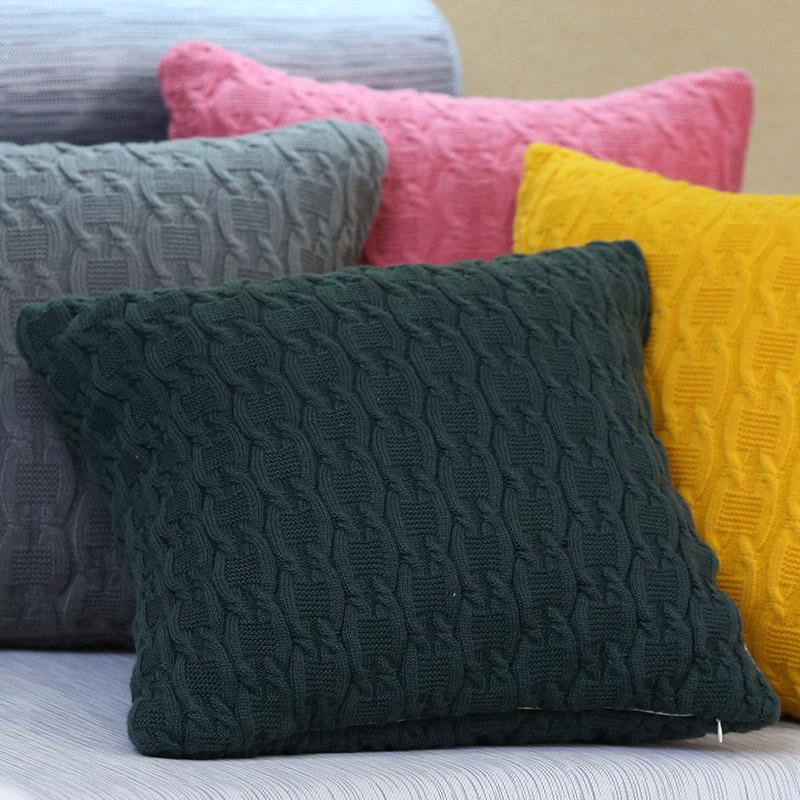Связать диванную подушку спицами