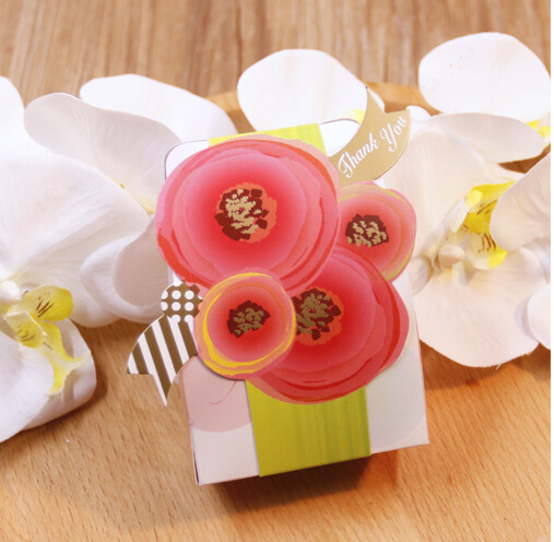 New Europe 30 Pcs Romantic Charming Flower Wedding Candy Box cake Candy Box thank you Gift Paper Boxes Festival Party Favor(China (Mainland))
