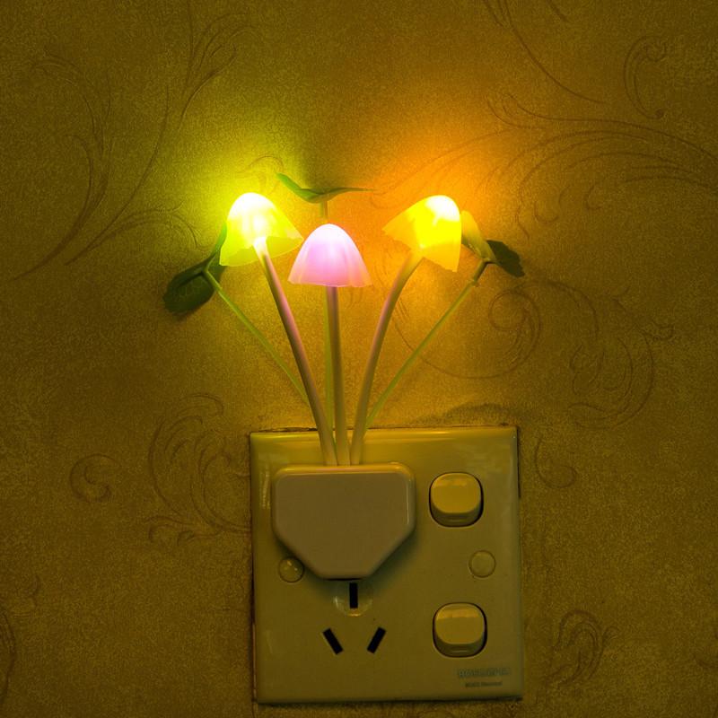 Novelty Night Light Dream Mushroom Fungus Luminaria Lamp 220V 3 LED Mushroom Lamp led night light Control 7 colours(China (Mainland))