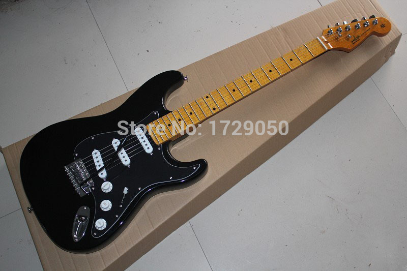 Chinese Factory musical Instruments Custom 2015 NEW ST Electric Guitar black color White pickup 725 stratocaster(China (Mainland))
