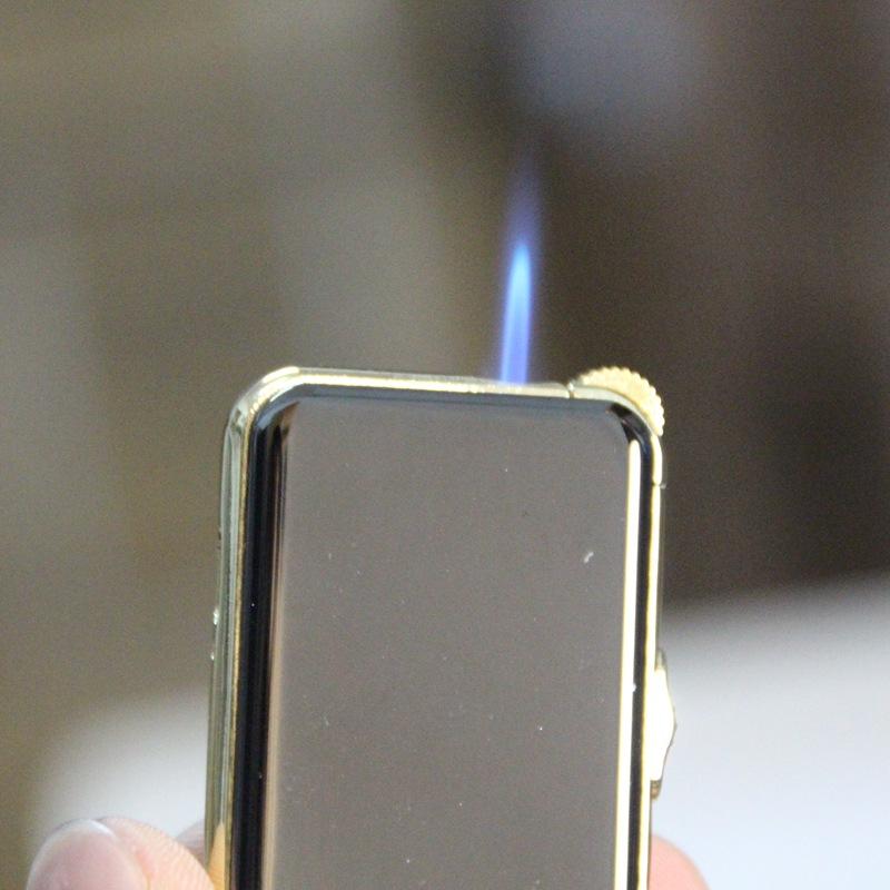 ถูก 2016สร้างสรรค์แผ้วสีโลหะUSBชีพจรชาร์จArcบุหรี่อิเล็กทรอนิกส์เบาเบา