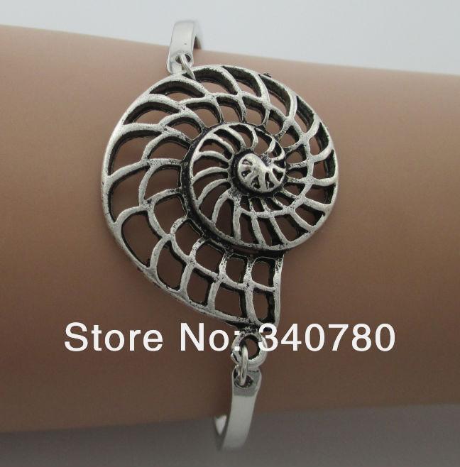 2015 new items Silver sea snail charm women bangle bracelet thick and solid metal bangle set bracelet vintage bangles N43(China (Mainland))