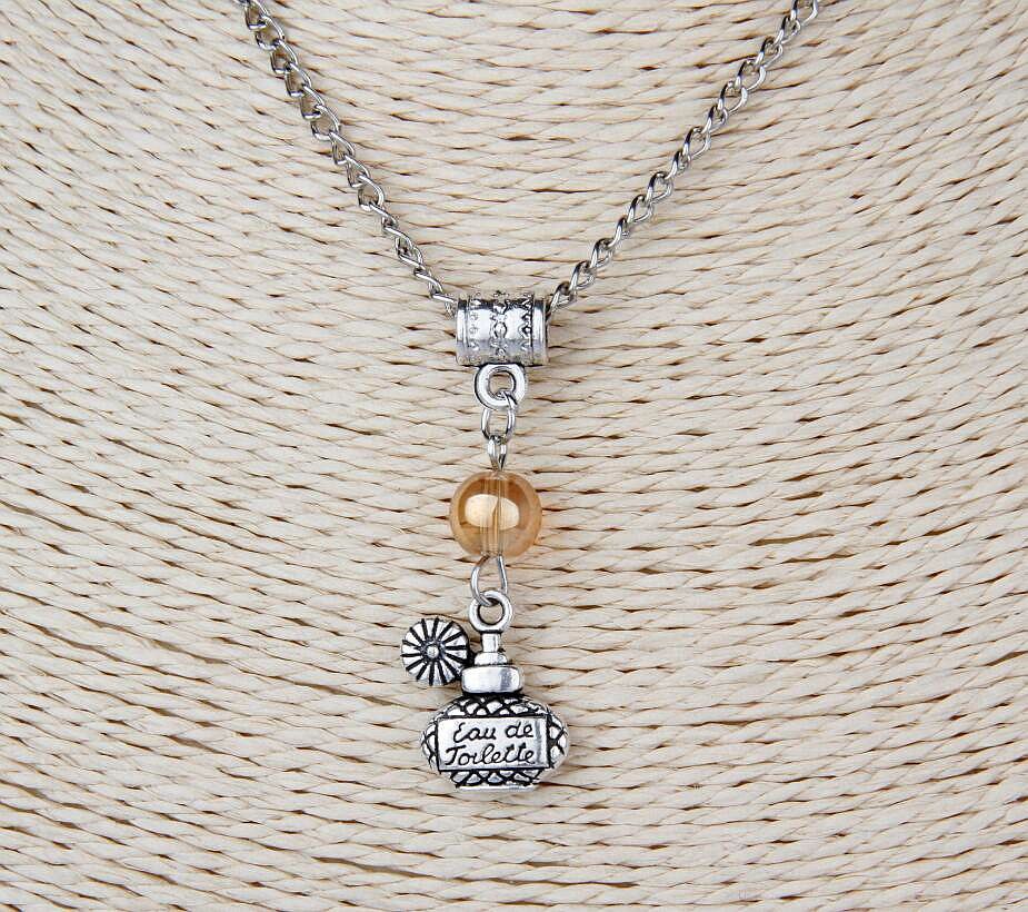 10PCS Zinc Alloy Plating Silver Perfume Bottle&Multi Beads Charm Pendant Popular Short Clavicle Necklace Gift DIY For Women G250(China (Mainland))