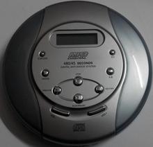 PORTABLE CD/MP3  Player  MCD-001