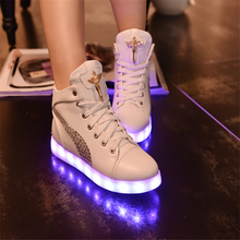 2016 High quality 7-color LED luminous women high top casual shoes LED shoes for adults USB charging lights black white shoes