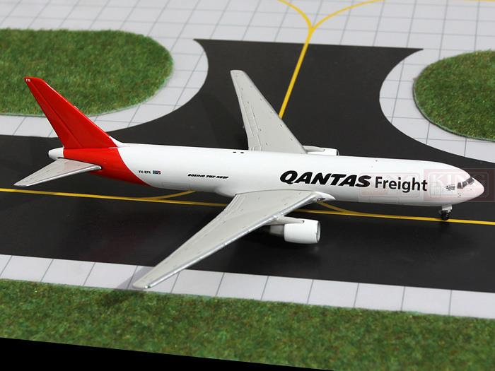 Фотография GJQAF1040 GeminiJets Australia cargo air B767-300F commercial jetliners plane model hobby