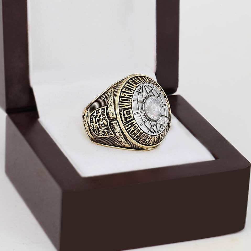Replica 1966 Green Bay Packers Super Bowl Football Championship Ring With High Quality Wooden Box Fans Best Gift Size 10-13(China (Mainland))