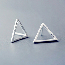 Vintage 925 Sterling Silver Earring Women Fashion Brief Design Triangle Piercing Stud Earring(China (Mainland))