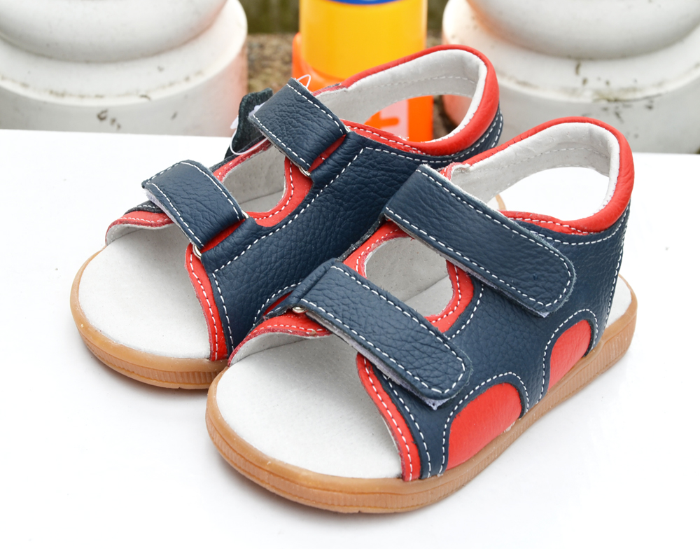 little boys beach sandals genuine leather navy red summer walker shoes 2 straps open wide small kid baby boy shoes sandal(China (Mainland))