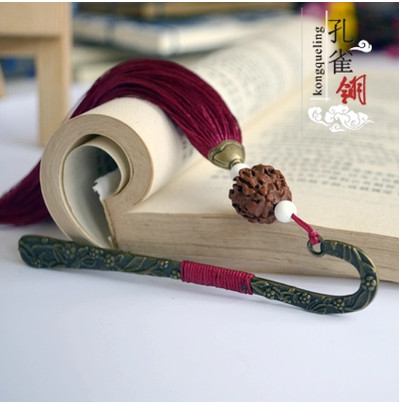Fashion Exquisite Metal Tassel Handmade Bookmarks Classic Personality Creative Vintage Stationery Bookmarks Customized Gifts PL(China (Mainland))