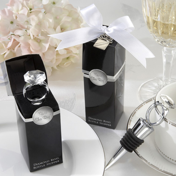 60pcs/lot Home Practical Party Favor Crystal Diamond Ring Wine Stopper Bridal Shower Christening Wedding Party Favour Gifts(China (Mainland))