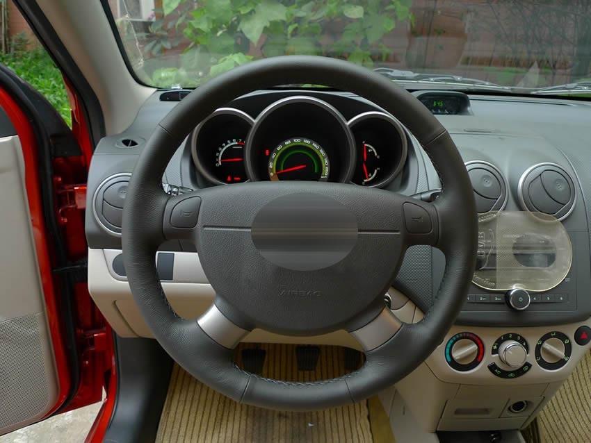 Купить DIY Черный натуральной Кожи Крышки Рулевого Колеса для Chevrolet Aveo Lova Buick Excelle Daewoo Gentra 2013-2015 Lacetti 2006-2012