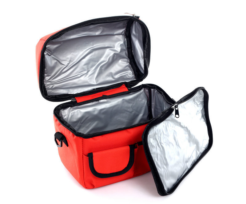 folding insulation Large meal package lunch cold storage take-away bag ice pack cooler bag 600D material 3color(China (Mainland))