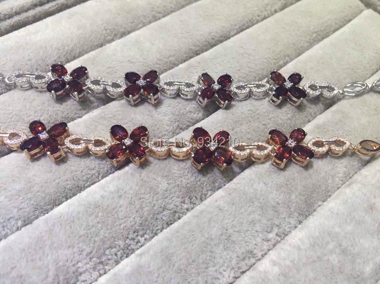 New arrival four leaf clover 12 pieces 4mm*6mm gem stons green natural garnet bracelet decorate with 925 silver zircon<br><br>Aliexpress