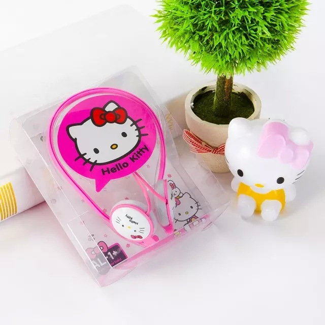 2016 Ear Hook Hello Kitty earphone for Iphone samsung MI LG Huawei HTC font b kids