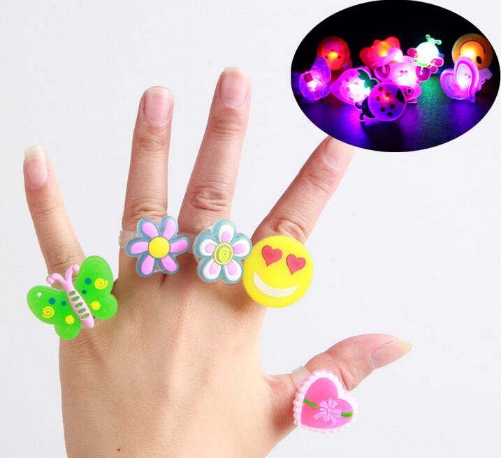 200PCS LED Glowing Finger Rings Silicone Finger Rings With Retail Box Cartoon Kids Children Toy Jewelry Party Birthday Supplies(China (Mainland))