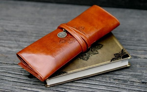 Гаджет  Free Shipping Vintage Style Leather Large Capacity pencil Case Cosmetic PU Leather Pen Pouch Bag MAKE UP Bag None Камера и Сумки
