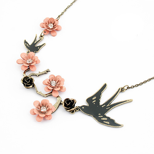 SW00 Free Shipping Retro Personality Lovely Magpie Black Rose Pink Flower Crystal Gem Necklaces Pendants For