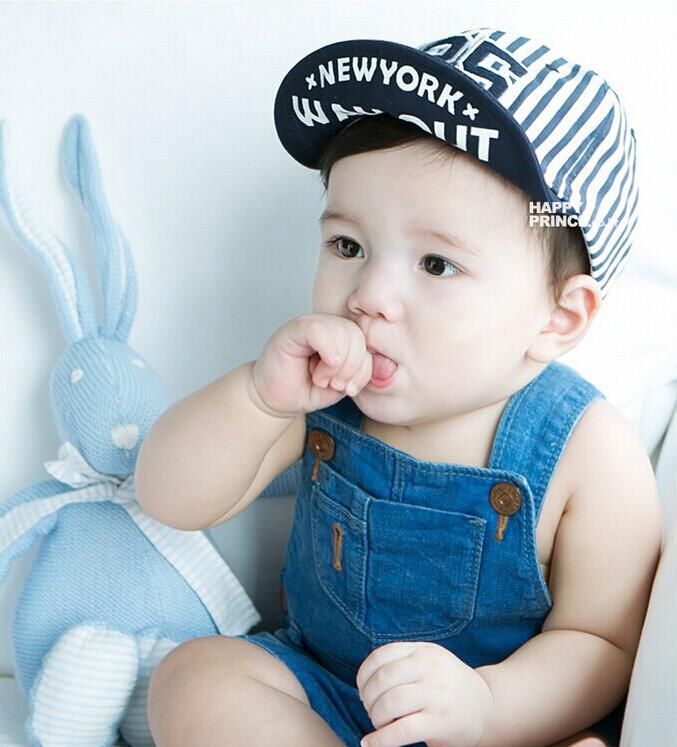 1 Piece Cute Summer Newborn Baby Hat GirlS BoyS Digital 25 Striped Baseball Cap Infant Cotton Unisex Toddlers Sun(China (Mainland))