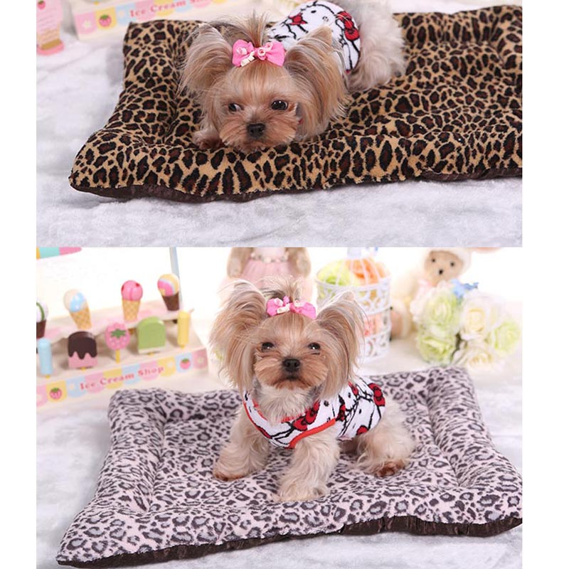 Leopard Pet Dog Bed Winter Soft Confort Coral Velvet Blanket Puppy Kitten Cat Mat Small Dogs Sleeping Bed Indoor Home Products(China (Mainland))