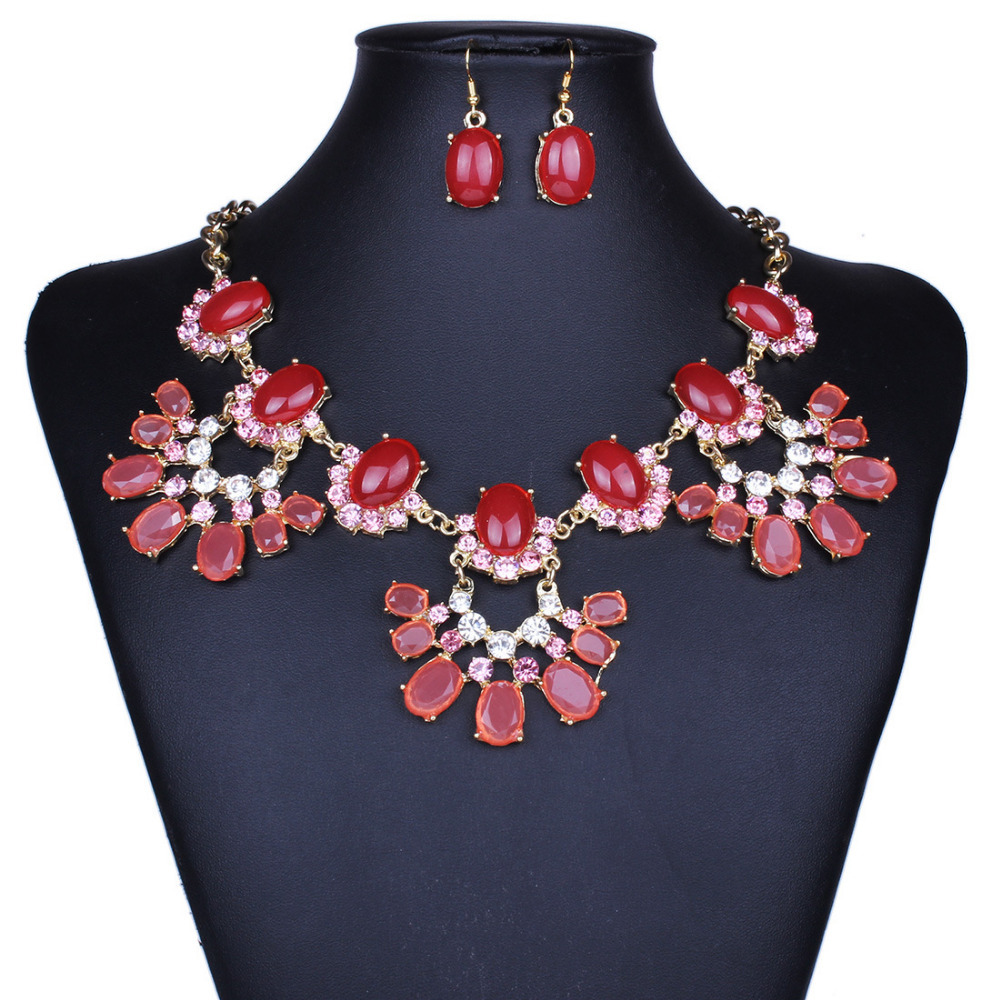 2015 New Fashion Resin Jewelry Statement Crystal Water Drop Chokers Necklace For Women(China (Mainland))