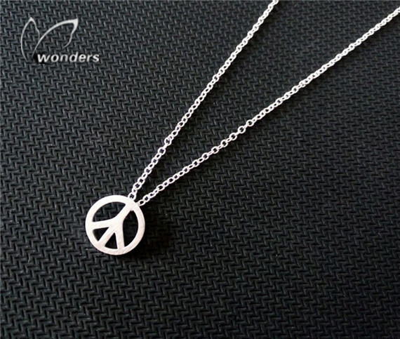 Silver Charm peace sign necklace Pendant 2015 fashion jewelry vintage long chain<br><br>Aliexpress