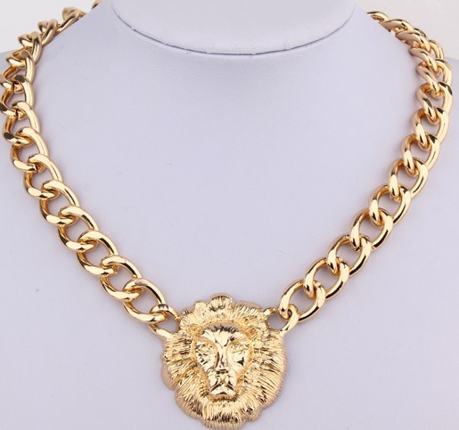 2016 New Arrival Fashion Gold plated lion head Necklace short lady Necklace Wholesale Women Gift Free Shipping(China (Mainland))