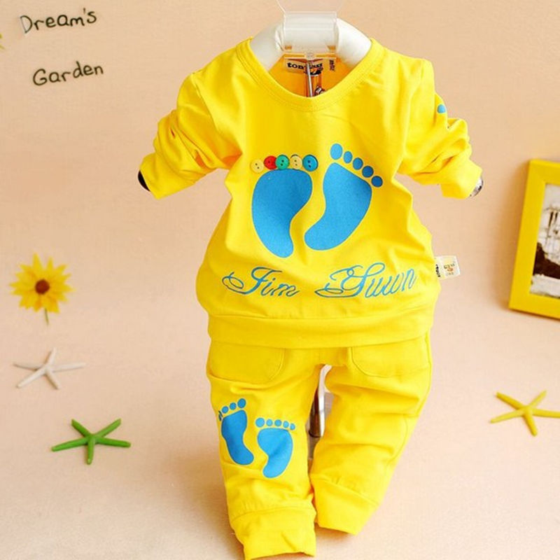 girls boys children long sleeve kids sets baby suit the present fashion casual cotton prints sugar candy 0-2 year 2 piece(China (Mainland))