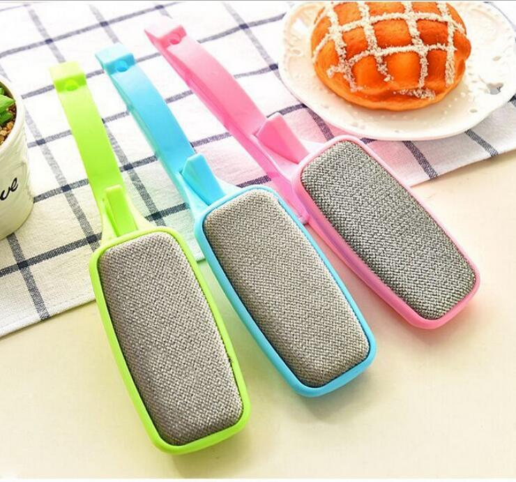 2016 New Colorful Magic Clothing Dust Brush Lint Dust Brush Lint Fluff Fabric Pet Hair Fabric Remover Cloth Cleaner(China (Mainland))
