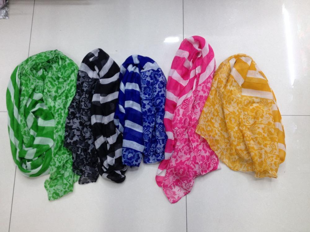2015 New Fashion Stripe Scarf Women Lace Ornament Scarf Shawls Women Stripe Lace Flower Scarves Hijabs Pashmina Free Shipping(China (Mainland))