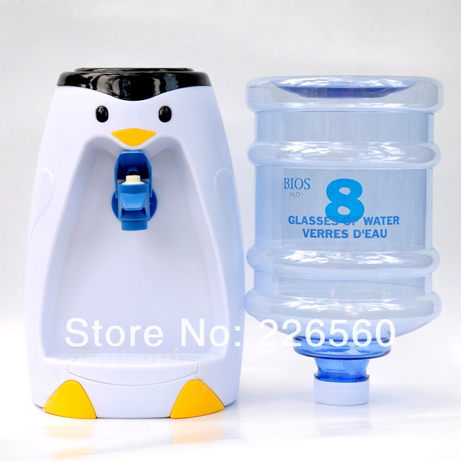 Free Shipping 1Piece 2.5 Liters Penguin Style Mini Water Dispenser 8 Glasses Water Dispenser(China (Mainland))