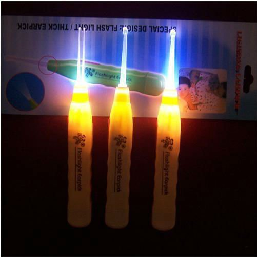 Hot sale NEW DESIGN flashlight earpick 200pcs/lot flash light ear pick wholesale ear cleaning cleaner earwax remover earpick(China (Mainland))