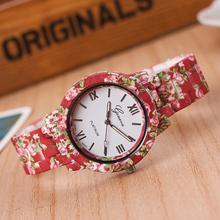 Caliente del silicio de la correa hermosa flor de Rose patrón reloj de pulsera de diseño para mujeres estudiantes niñas gota del envío WH-083
