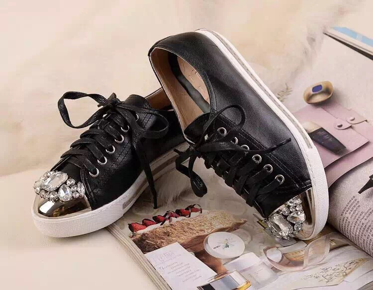Famous Brand MM Crystal Round toe Patent leather Lace up Women shoes Casual Daily Flat Womens sneaker<br><br>Aliexpress