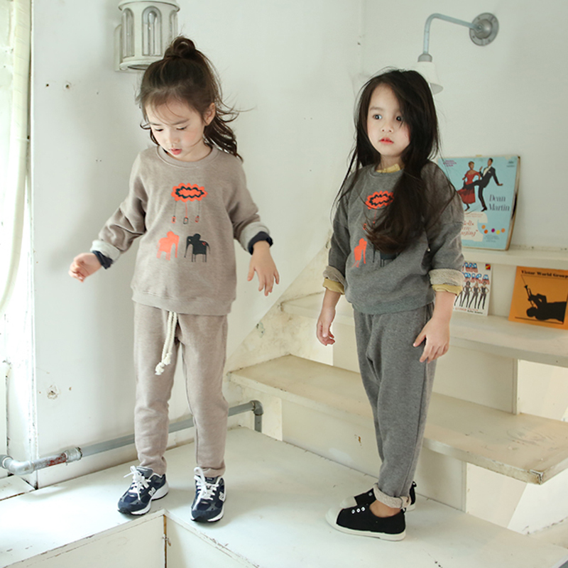 Conjuntos girl sports suit odile casual cartoon baby girl Baby clothing designers
