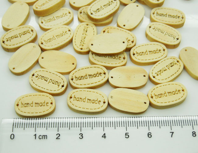 200pcs Small Handmade Nature Wood Labels 18mm Sewing Button Engraved Wood Tags for Kid Clothes,Bracelet Connector,Scrapbook(China (Mainland))