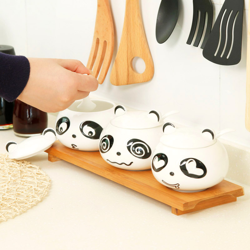 Здесь можно купить  Free shipping creative Moe Moe panda ceramic spice jar three-piece, cartoon panda seasoning box, Sugar salt shaker C1483  Дом и Сад