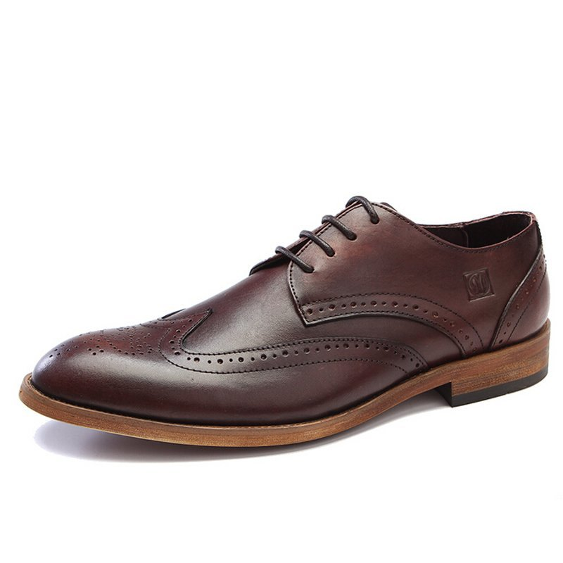 Здесь можно купить  2015 New Fashion Real Genuine Leather Formal Designer Brand Man Brogues Oxfords Round Toe Men