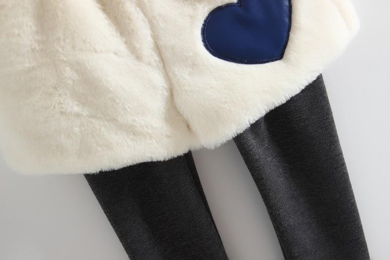 Скидки на Детская одежда устанавливает одежда для новорожденных наборы утолщение теплую одежду из шерсти кролика волосы малыша девушка + бархатные брюки