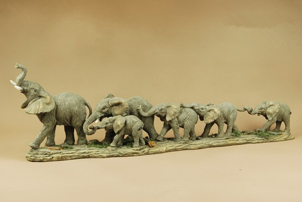 EC DAILY European creative and practical wedding gifts Lucky Sambo resin elephant ornaments crafts fashion home living room FR(China (Mainland))