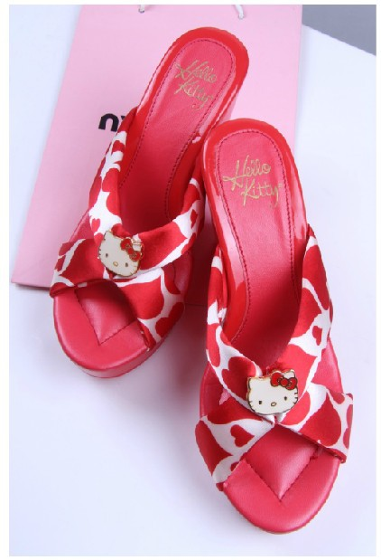 Free shipping high quality new women's fashion Hello Kitty High Heeled Shoes girl's cute sandals black and red(China (Mainland))