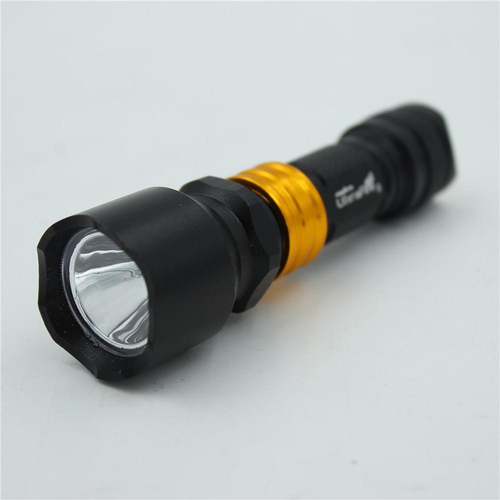 Гаджет  Hot Sell High-quality 3000 Lumen Zoomable CREE XM-L Q5 LED flashlights torches light lamps waterproof flashlight None Свет и освещение