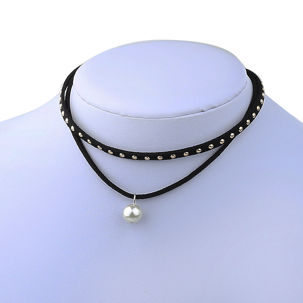 Faux Pearl Necklace With Faux Leather Choker
