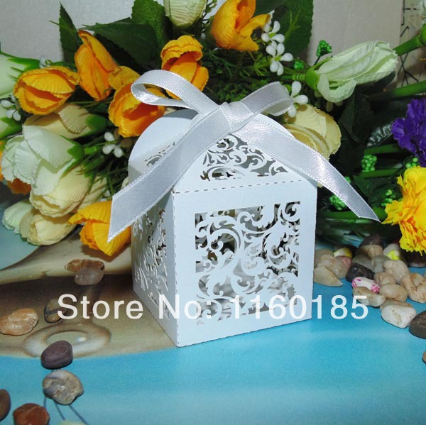 Free Shipping 2014 HOT 60pcs White pearlescent Paper Laser cut Ivy Vine Wedding Candy boxes with Ribbon, wedding gift favor box(China (Mainland))