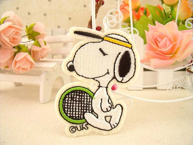 Doggy playing Tennis Iron On Patch of Sticker, Cartoon Animal Embroideried Patch, Clothing DIY Accessories wholesale(China (Mainland))