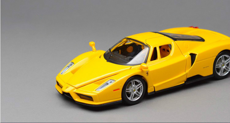 New High Quality Car Styling Brinquedos 1:24 Alloy Scale Car Model For F Enzo port Car Die Cast Model Best Display Toys(China (Mainland))