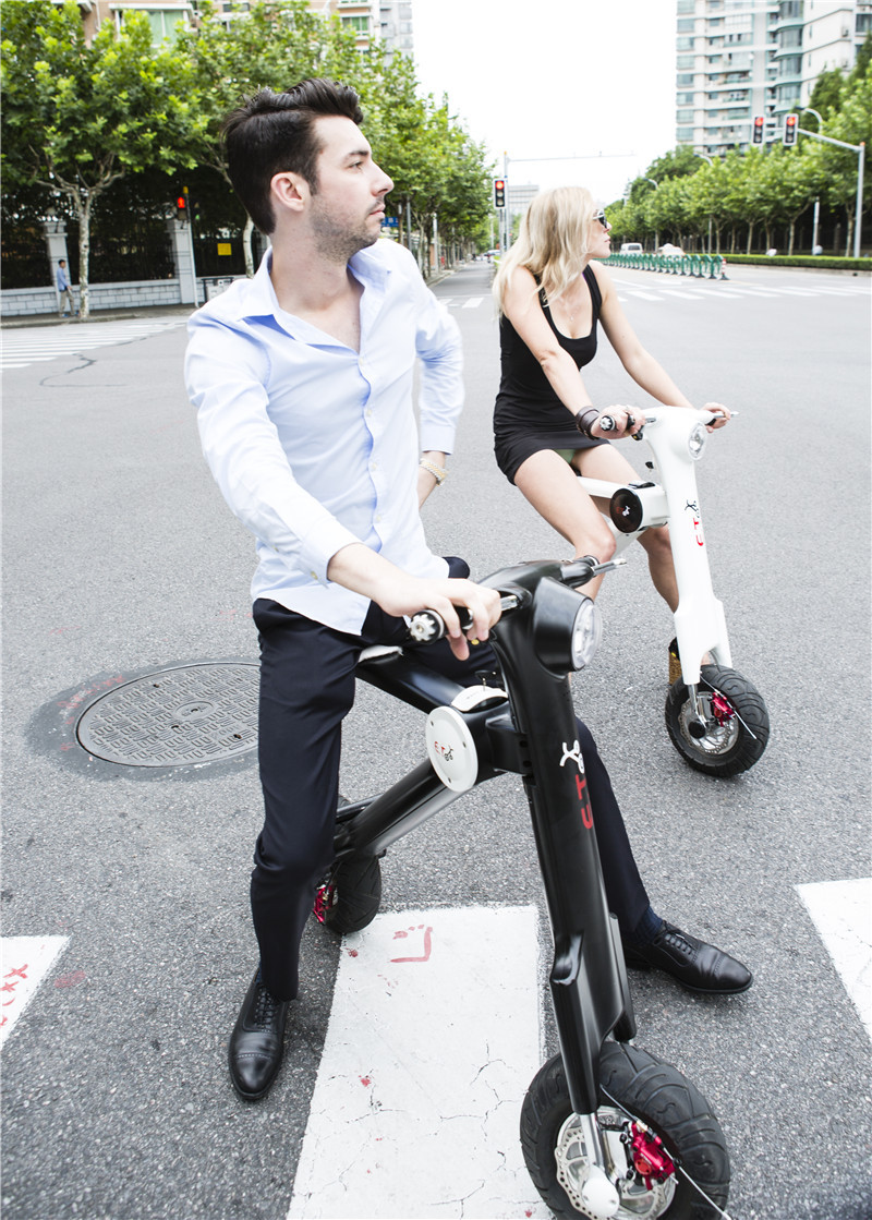 2015 Newest self balancing stand up electric scooter,etscooter off-road scooter 250cc in motorcycles(China (Mainland))