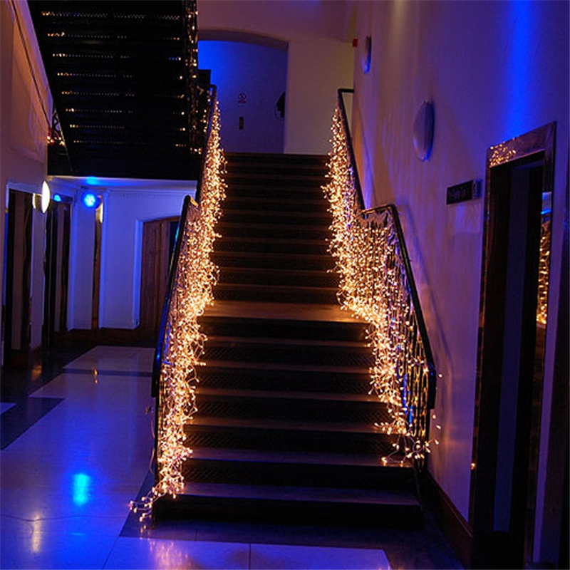 Led waterfall light icicle stripe window curtain fairy for Large christmas decorations