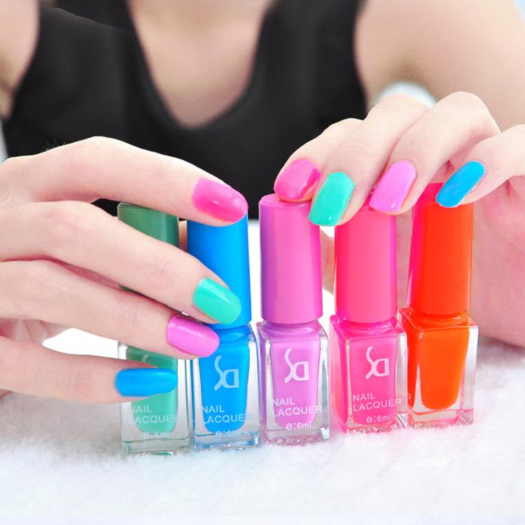 Candy Color Nail Polish: Glitter Nail Polish Gel Nail Varnish 5 Bottles Candy Color