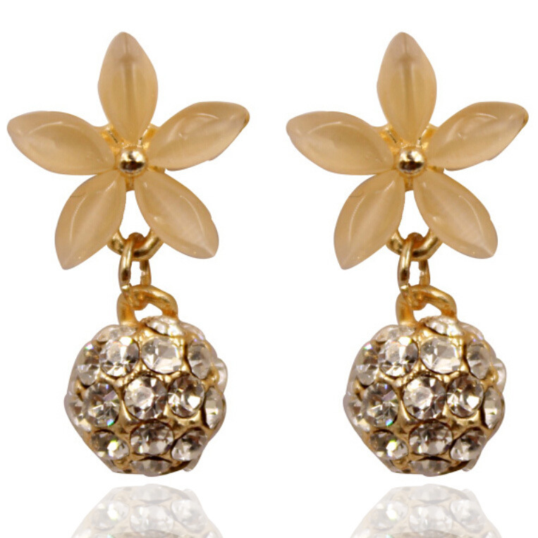 Korean version of the explosion models new 18K gold opal earrings five flower Bara hypoallergenic ball factory direct(China (Mainland))